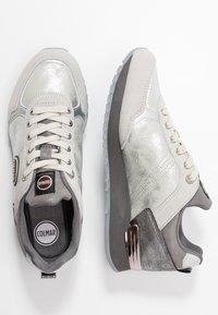 Colmar Originals - TRAVIS JANE - Sneakers - white/gray - 3