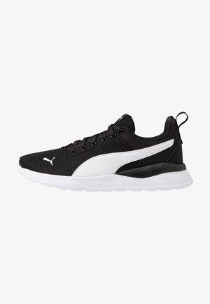 ANZARUN LITE - Sportovní boty - black/white