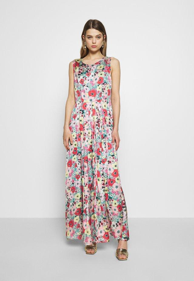 LADIES DRESS PREMIUM - Długa sukienka - primroses green