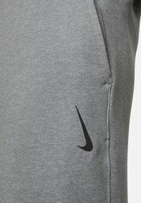 Nike Performance - DRY PANT RESTORE - Pantalones deportivos - iron grey heather/black - 3