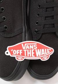 Vans - VULCANIZED - Zapatillas - black - 6