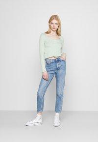Monki - Jeans a sigaretta - blue medium dusty - 1