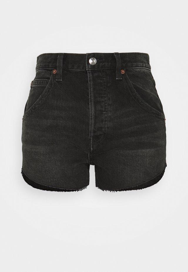 TALIESIN CUT OFF - Džínové kraťasy - washed black