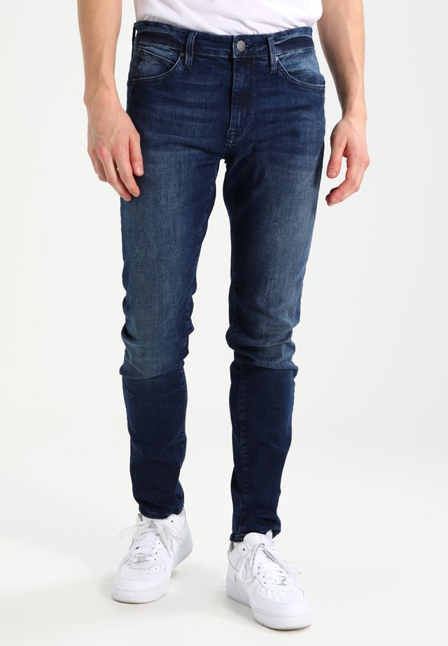 JAMES - Slim fit jeans - ultra move