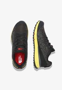 The North Face - M ULTRA SWIFT FUTURELIGHT - Sneakers laag - tnf black/tnf yellow - 1