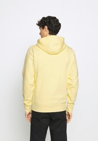 Tommy Hilfiger - LOGO HOODY - Sweat à capuche - yellow - 2