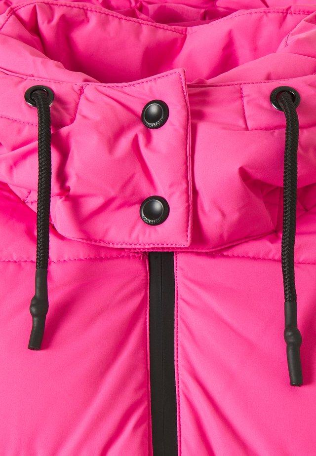 ONLSILJE PUFFER JACKET - Light jacket - shocking pink