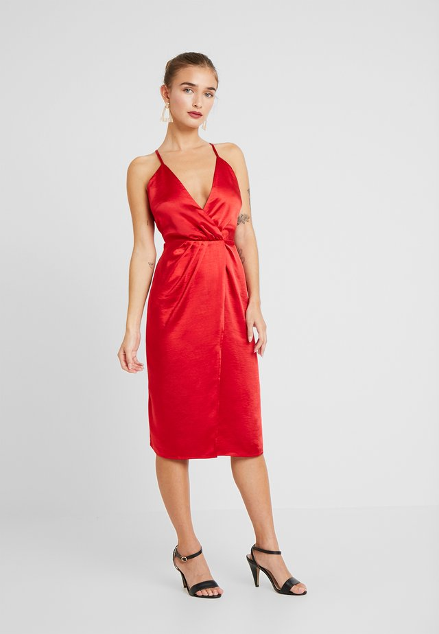 VISETIA DRESS - Cocktailkleid/festliches Kleid - haute red