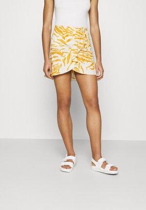 CRESSIDA - Mini skirt - white