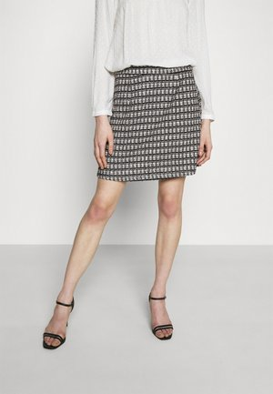 VMROYA SHORT SKIRT - A-line skjørt - black/snow white