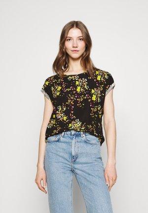 VMAVA PLAIN TOP MULTI  - Print T-shirt - black/mila