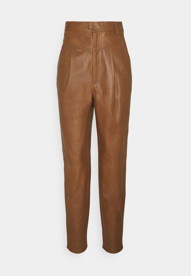 PANTALONE - Leather trousers - cinnamon