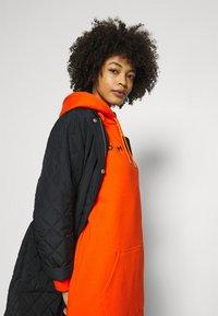 Tommy Hilfiger - HOODIE DRESS - Day dress - princeton orange - 3