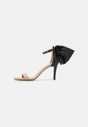 PALMA  - Sandalen met hoge hak - nude/black