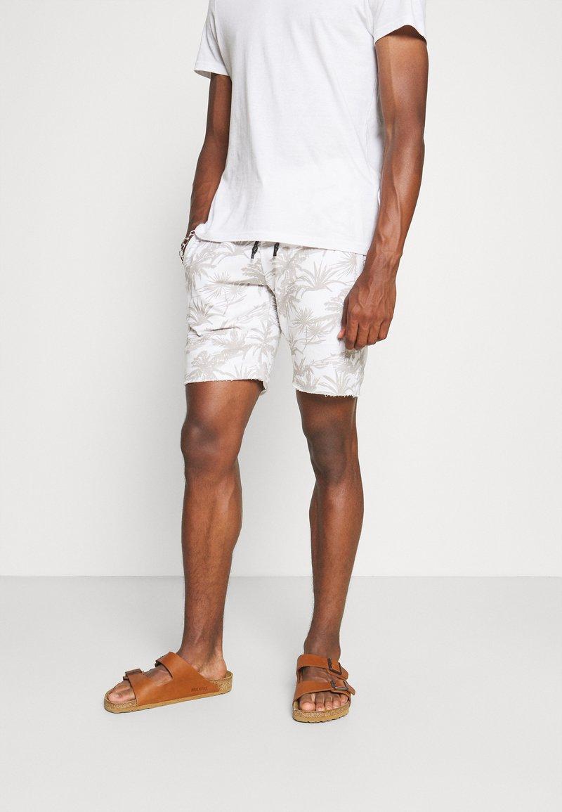 Key Largo - ANTONIO - Pantaloni sportivi - white