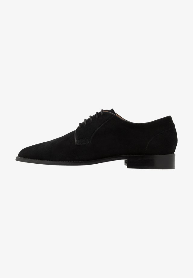 NOAH - Veterschoenen - black