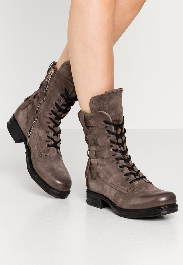 Cowboy/biker ankle boot - fango