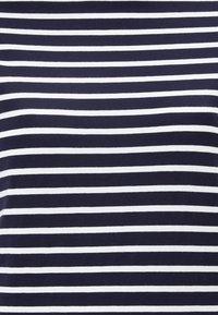 Boden - Print T-shirt - navy/naturweiß - 2