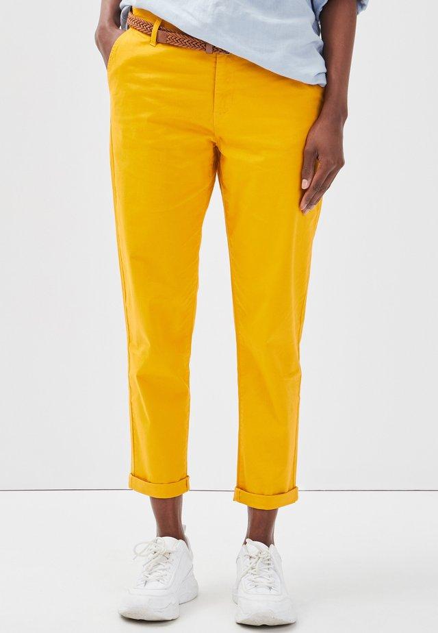 Pantalones chinos - yellow