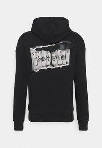 Jack & Jones - JORIMMORTAL HOOD - Sweatshirt - black - 1