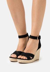 ONLY SHOES - ONLAMELIA LIFE STITCH  - Platform sandals - black - 0