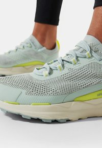 The North Face - ESCAPE - Hiking shoes - green mist wrought iron - 0