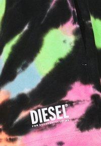 Diesel - BFOWT-SHORTIE - Shorts - multicolour - 2