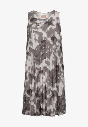 Day dress - white grey
