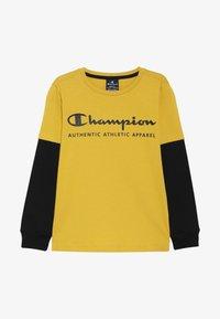 Champion - AMERICAN CLASSICS LONG SLEEVE CREWNECK  - Top sdlouhým rukávem - mustard yellow - 2