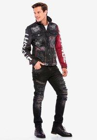 Cipo & Baxx - MIT NIETEN - Denim jacket - black - 1