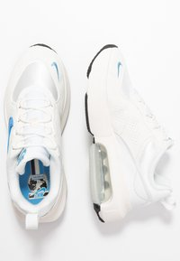 Nike Sportswear - AIR MAX VERONA - Tenisky - summit white/coast/sail - 3
