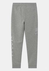 Nike Sportswear - Trainingsbroek - dark grey/white - 1