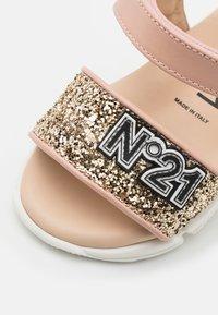 N°21 - Sandales - light pink - 5