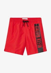 Calvin Klein Swimwear - MEDIUM DRAWSTRING INTENSE POWER - Badeshorts - red - 3