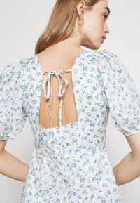 Fashion Union - POSITANO DRESS - Kjole - white - 5