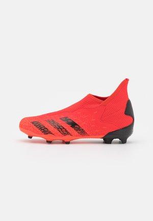 PREDATOR FREAK .3 LL FG UNISEX - Chaussures de foot à crampons - red