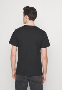 Cayler & Sons - RIDE OR FLY TEE - Print T-shirt - black - 2