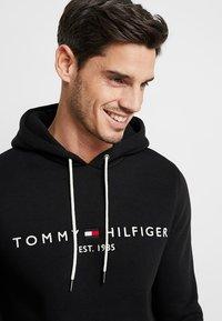 Tommy Hilfiger - LOGO HOODY - Hættetrøjer - black - 3