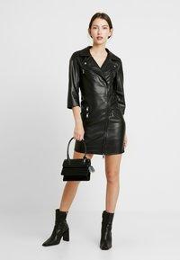 ONLY - ONLJANNIE DRESS - Kjole - black - 2