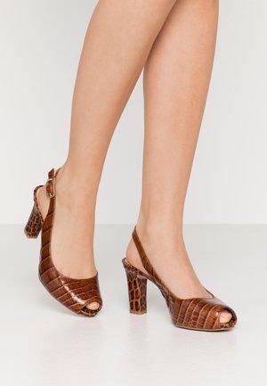 NICKA CLASSIC - Peeptoe heels - saddle