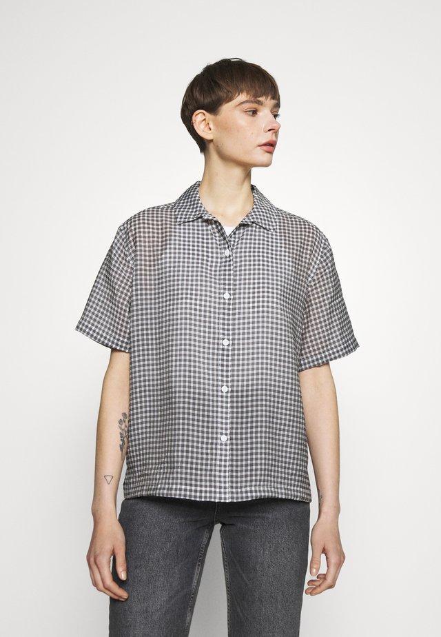SABINE SHIRT - Button-down blouse - cloud dancer