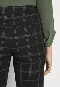 Dorothy Perkins Tall - TALL EDIT GRID CHECK ANKLE GRAZER TROUSER - Kalhoty - multi - 4