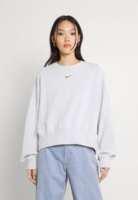 Nike Sportswear - CREW - Sudadera - platinum tint - 0