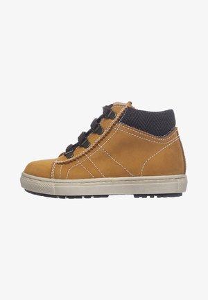 Sneakersy wysokie - grano