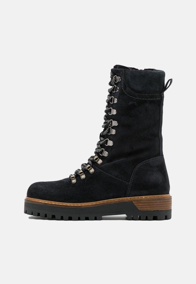 TIANA - Platform boots - nuit