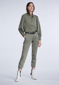 SET - Button-down blouse - khaki - 1