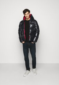 Duvetica - AUVATRE - Down jacket - nero - 1