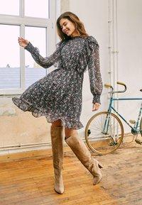 ONLY - ONLJENNIFER FLOUNCE DRESS - Day dress - black - 4