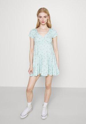 SHORT DRESS - Žerzejové šaty - mint
