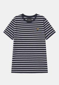 Lyle & Scott - BRETON - Print T-shirt - navy blazer - 0